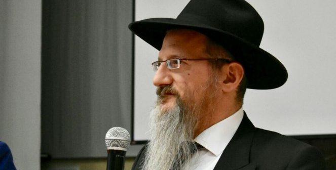 Le Grand Rabbin de Russie aux Juifs de France: 'Si Marine Le Pen est élue présidente, vous devez quitter le pays'