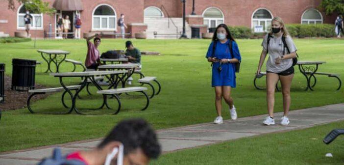 Une enquête révèle que près des deux tiers des étudiants juifs aux États-Unis ne se sentent pas en sécurité et que la moitié d'entre eux cachent leur identité