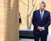 Le roi des Pays-Bas inaugure le premier monument national de l'Holocauste